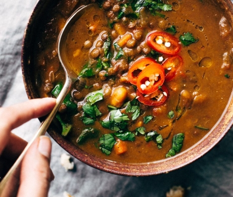 Soul-Warming-Moroccan-Sweet-Potato-Lentil-Soup-9